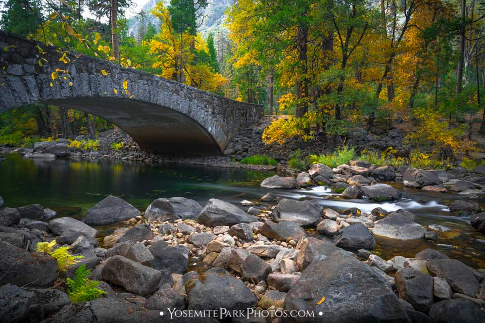 River rocks and fall colors around pohono bridge - long exposure