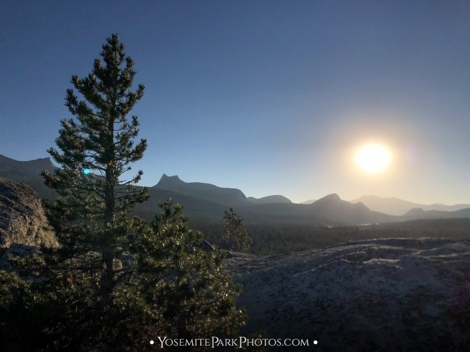 Setting sun over Yosemite peaks - Puppy Dome photos